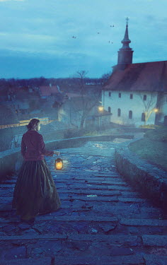 Drunaa HISTORICAL WOMAN WITH LANTERN ON STEPS OUTDOORS Women