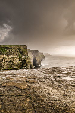 Gary Latham RUGGED COASTLINE WITH CLIFFS Seascapes/Beaches