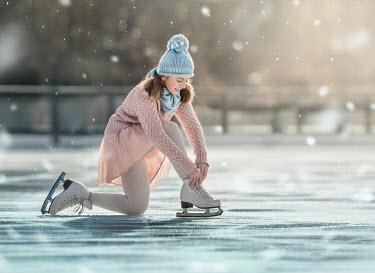 Lilia Alvarado YOUNG FEMALE ICE SKATER Women