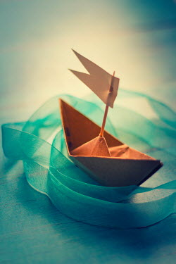 Nilufer Barin PAPER BOAT WITH RIBBON Miscellaneous Objects