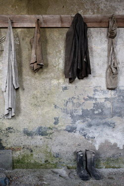RomanyWG CLOTHES HANGING ON PEGS Miscellaneous Objects