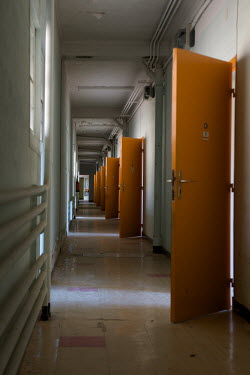 RomanyWG ABANDONED CORRIDOR WITH OPEN DOORS Interiors/Rooms