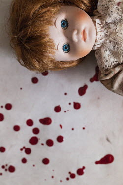 Des Panteva CHINA DOLL WITH BLOOD Miscellaneous Objects