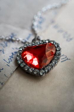 Jaroslaw Blaminsky NECKLACE WITH HEART PENDANT Miscellaneous Objects