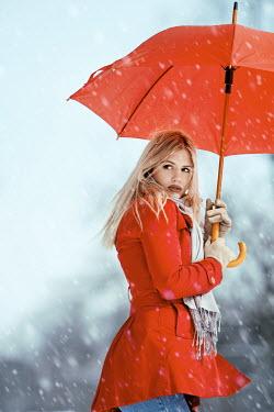 Tijana Moraca YOUNG WOMAN IN SNOW Women