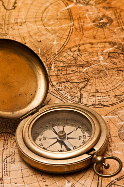 Valentino Sani ANTIQUE COMPASS ON OLD MAP Miscellaneous Objects