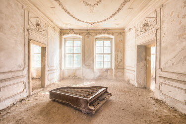 James Kerwin ABANDONED GRAND PIANO IN DERELICT BUILDING Interiors/Rooms
