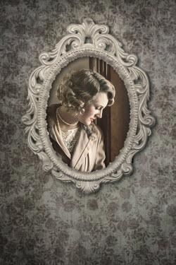 Elisabeth Ansley VINTAGE WOMAN IN MIRROR Women