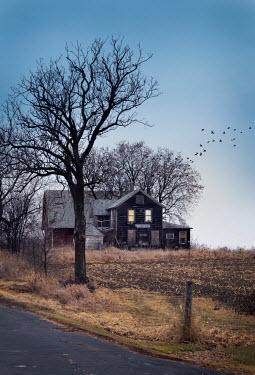 Jill Battaglia ABANDONED AMERICAN FARMHOUSE Houses