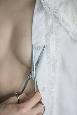 Iness Rychlik WOMAN CUTTING BUTTON OFF BLOUSE Women