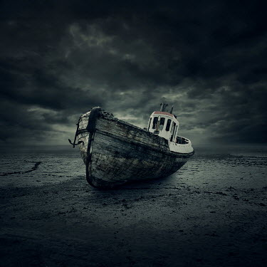 Zoltan Toth WEATHERED BOAT ON DESOLATE BEACH Boats