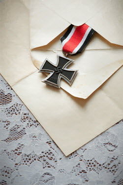 Lee Avison iron cross medal in an envelope Flowers