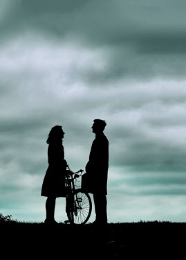 CollaborationJS SILHOUETTED COUPLE WITH BICYCLE Couples