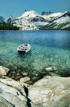 Jill Battaglia SMALL BOAT ON CLEAR MOUNTAIN LAKE Miscellaneous Transport