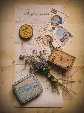 Jane Morley VINTAGE MEMENTOS WITH LETTER Miscellaneous Objects