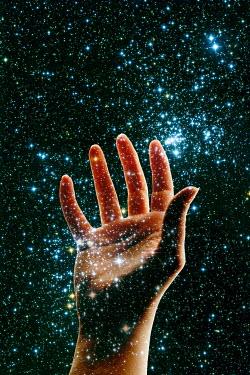 Valentino Sani WOMAN'S HAND WITH STARS Body Detail