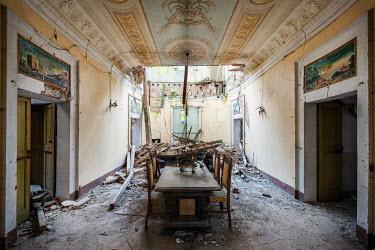 James Kerwin DERELICT INTERIOR OF GRAND HOUSE Interiors/Rooms