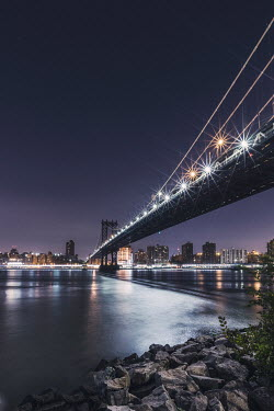 Evelina Kremsdorf BROOKLYN BRIDGE AND NEW YORK AT NIGHT Specific Cities/Towns