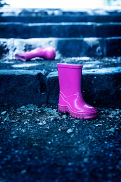 Stephen Mulcahey CHILDREN'S PINK WELLIES ON STEPS Miscellaneous Objects