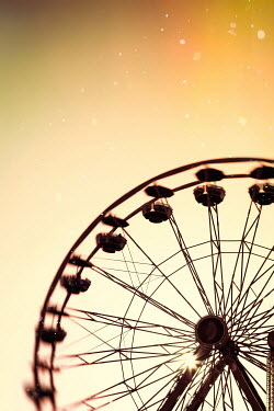 Buffy Cooper BIG WHEEL WITH SUNLIGHT Miscellaneous Objects