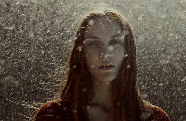 Marta Bevacqua GIRL WITH RED HAIR IN RAIN Women