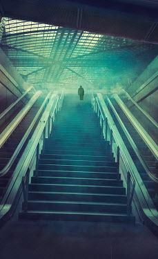 Drunaa MAN ON STEPS IN SUBWAY Men