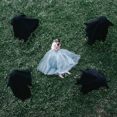 Jovana Rikalo SLEEPING WOMAN WITH SINISTER PEOPLE Groups/Crowds