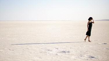 Esmahan Ozkan WOMAN BAREFOOT ON SAND Women