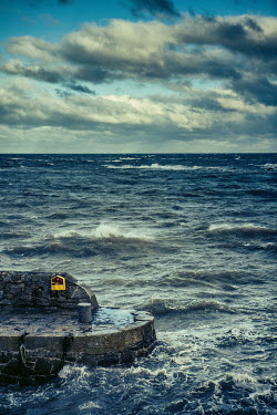 Magdalena Russocka ROUGH SEA WITH HARBOUR WALL Seascapes/Beaches