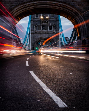 Paul Sheen LIGHTS AND TRAFFIC ON TOWER BRIDGE Miscellaneous Cities/Towns