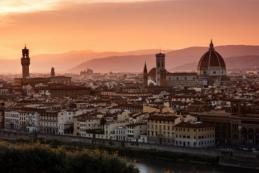 Ollie Taylor FLORENCE AND MOUNTAINS AT SUNSET Miscellaneous Cities/Towns