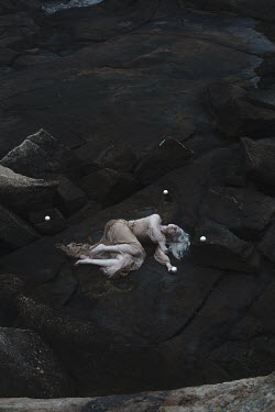 Aleah Ford DROWNED WOMAN LYING ON ROCKS Women