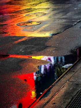 Elisabeth Ansley REFLECTION IN PUDDLE IN ROAD Streets/Alleys