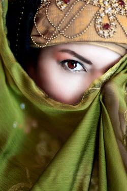 Kamil Akca WOMAN STARING WITH JEWELS AND VEIL Women