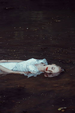 Daniel Bidiuk DEAD WOMAN FLOATING IN RIVER Women