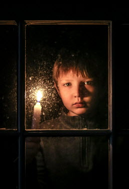 Stephen Carroll BOY HOLDING CANDLE AT WINDOW Children
