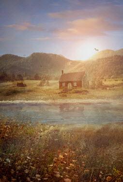 Drunaa house on river coast