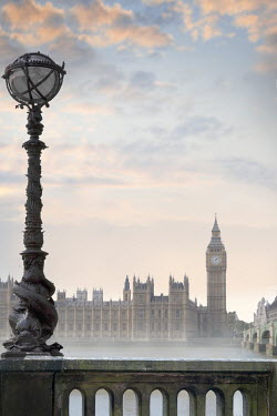 Lee Avison BIG BEN AND HOUSES OF PARLIAMENT AT DUSK Miscellaneous Cities/Towns