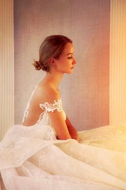 ILINA SIMEONOVA PROFILE OF BRIDE SITTING DOWN Women