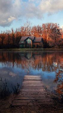 Drunaa House on lake