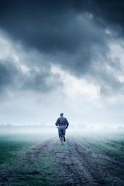 Ysbrand Cosijn SOLDIER RUNNING IN MISTY FIELD Men