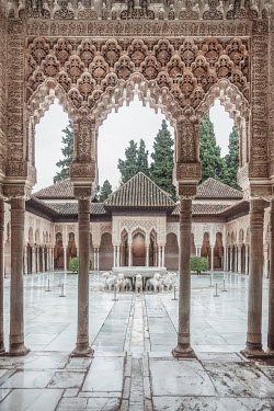 Evelina Kremsdorf FOUNTAIN AT THE ALHAMBRA PALACE Miscellaneous Cities/Towns