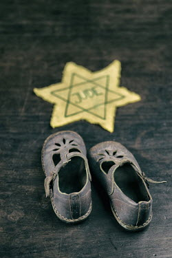 Magdalena Russocka child's shoes and star of david Miscellaneous Objects