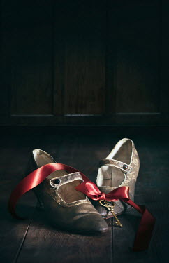 Sandra Cunningham VINTAGE SHOES WITH RED RIBBON AND KEY Miscellaneous Objects