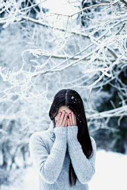 Svetlana Bekyarova SAD WOMAN UNDER SNOW COVERED TREE Women