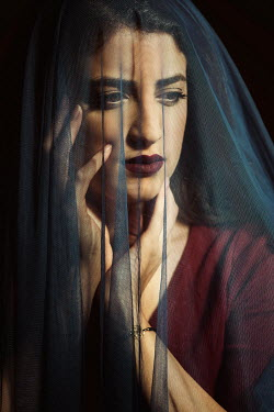 Mohamad Itani SERIOUS MIDDLE EASTERN WOMAN IN VEIL Women
