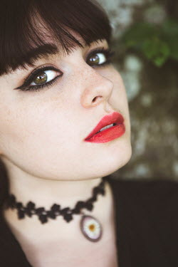 Ebru Sidar CLOSE UP OF WOMAN WITH NECKLACE OUTDOORS Women