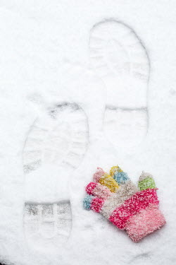 Alison Archinuk CHILD'S GLOVE BY SNOWY ADULT FOOTPRINTS Miscellaneous Objects