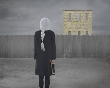Patty Maher GIRL WITH TRUMPET WATCHING STONE HOUSE Women