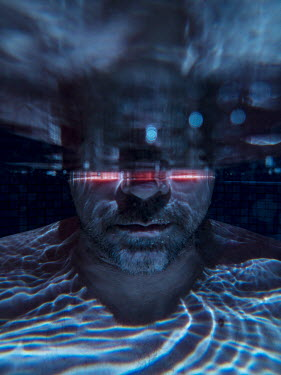 Colin Hutton MAN UNDERWATER AT NIGHT WITH RED LIGHTS Men
